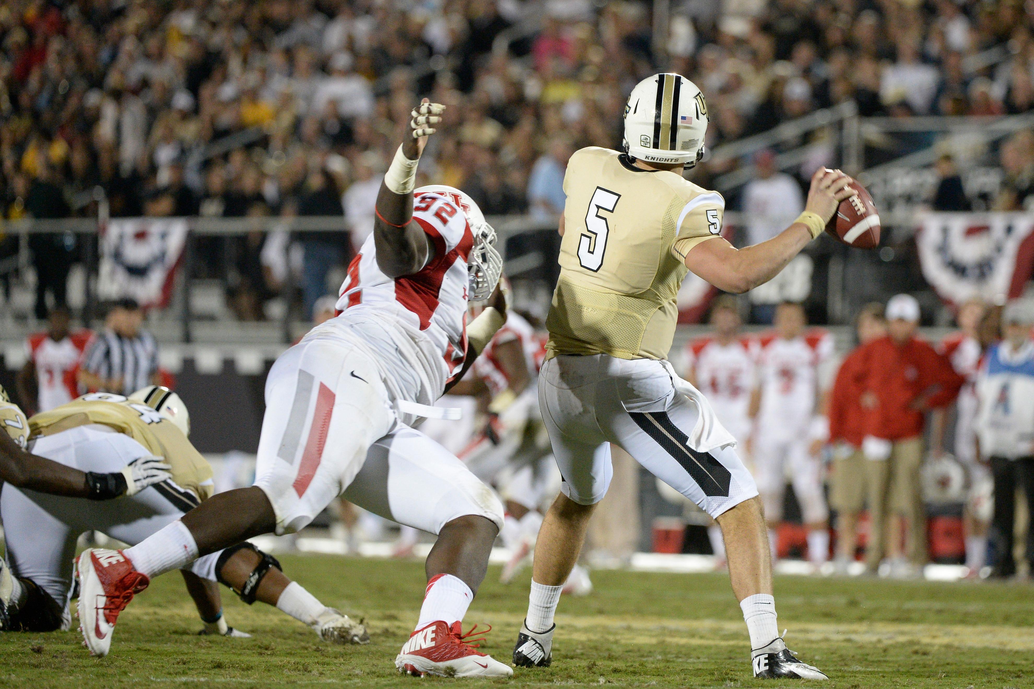 NCAA Football 2013: Houston vs UCF NOV 09