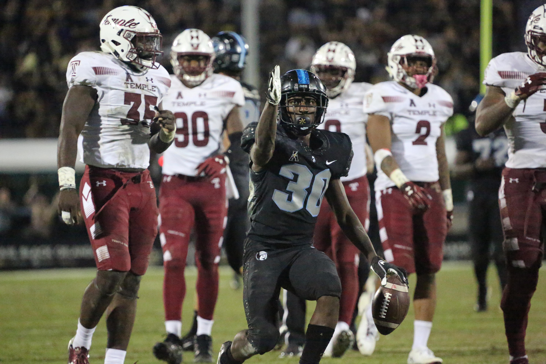 Gallery: UCF extends win streak to 21, tops Temple 52-40